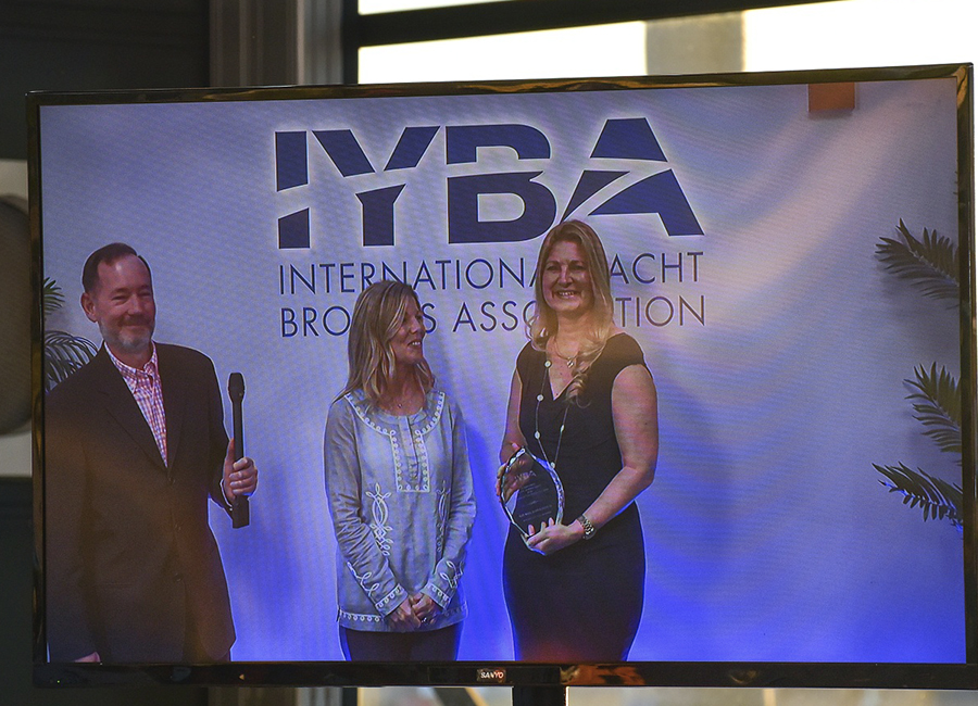 Annual Meeting_0017_IYBA Awards   DSC_5175